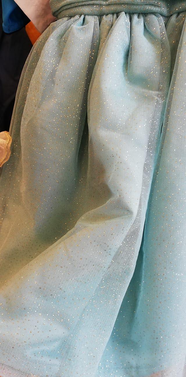 třpytivé šaty Next vel. 110 - Obrázek č. 3