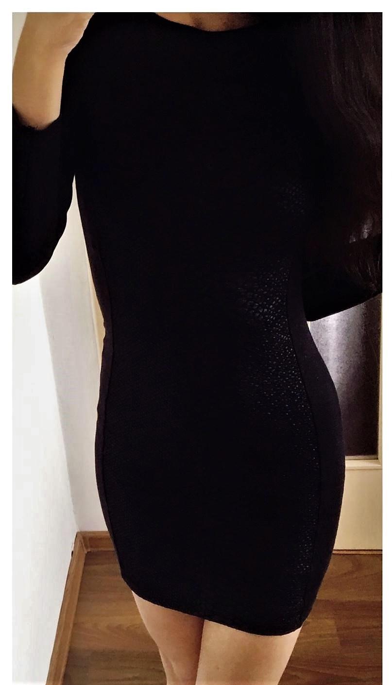 Veľmi zaujímavé elastické minišaty z H&M - Obrázok č. 2