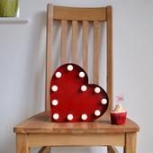Velké dekorativní LED světlo ve tvaru srdce,