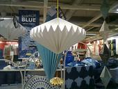 lustr/dekorace na strop + girlanda - modř a zlatá,