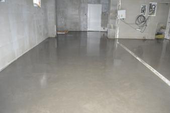 Betónové potery v garáži a kotolni - finálna podlaha (leštený betón)