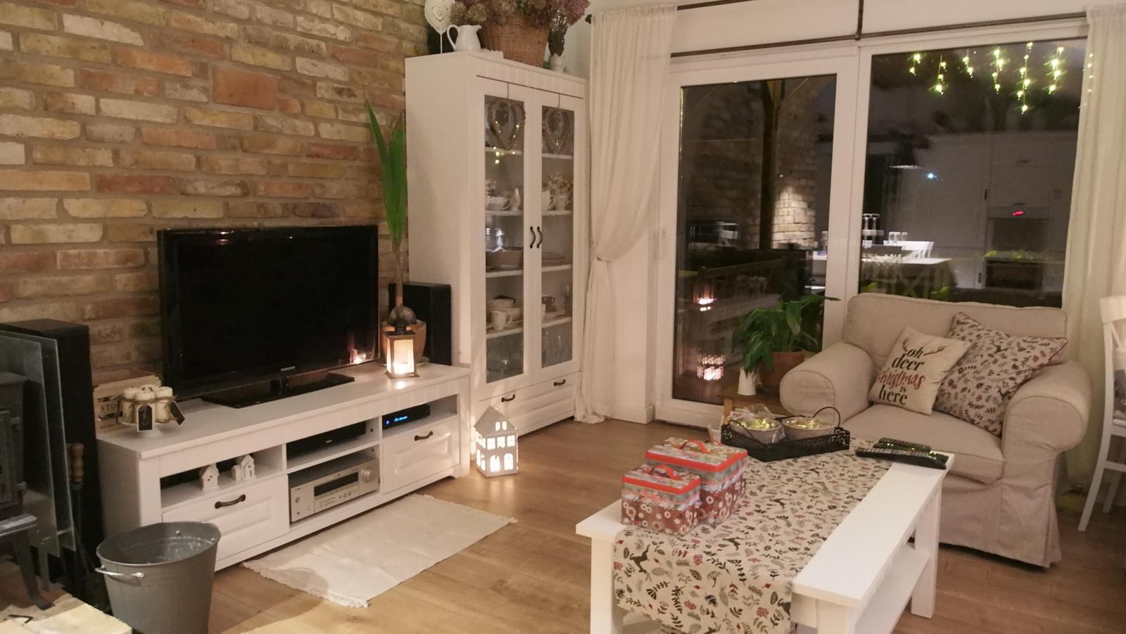 Náš domček ♡ Bramasole ♡ ... Stilo interiér aj exteriér 4. rok bývania - Obrázok č. 4