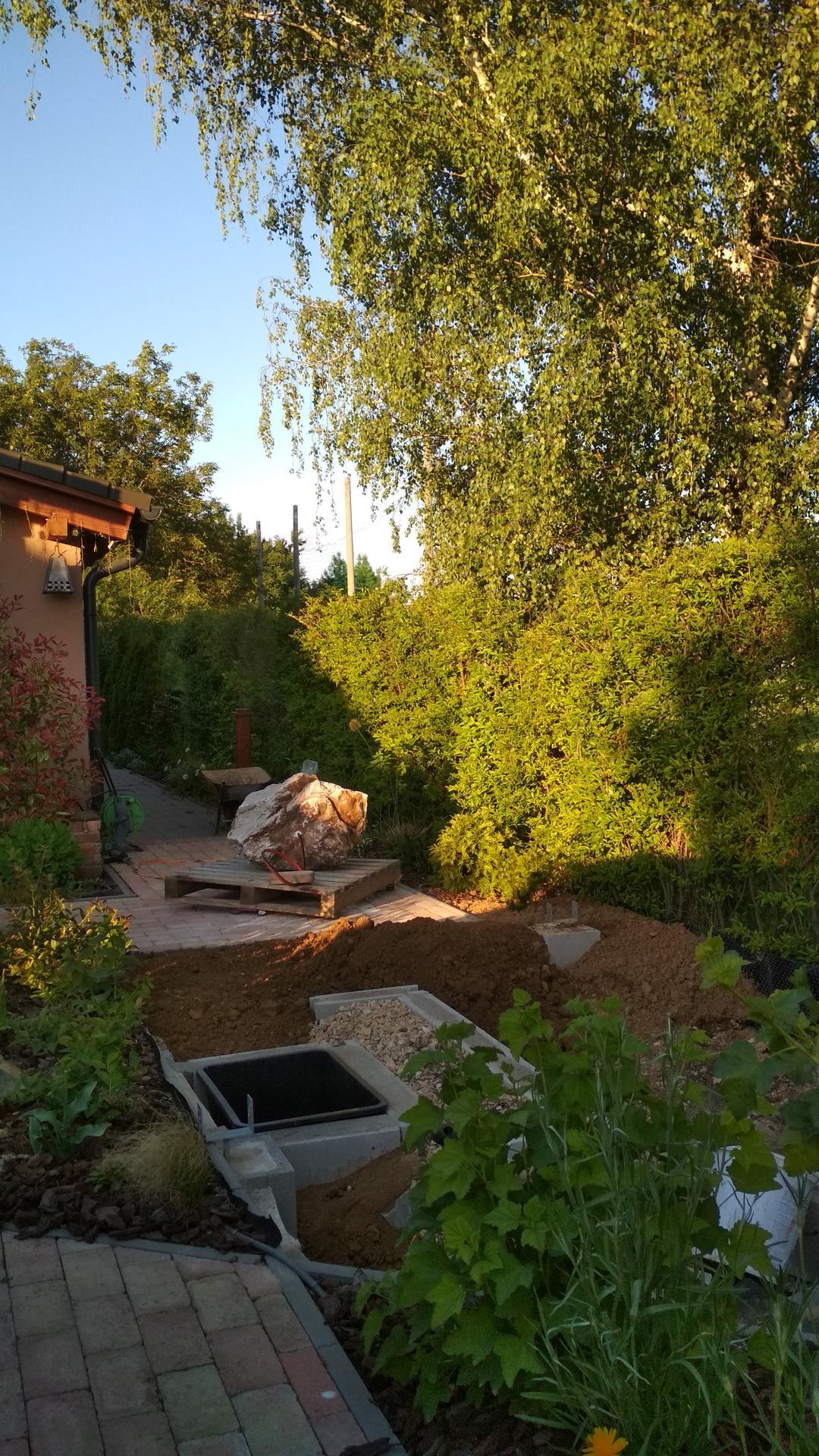 Vodný prvok v záhrade - Obrázok č. 32