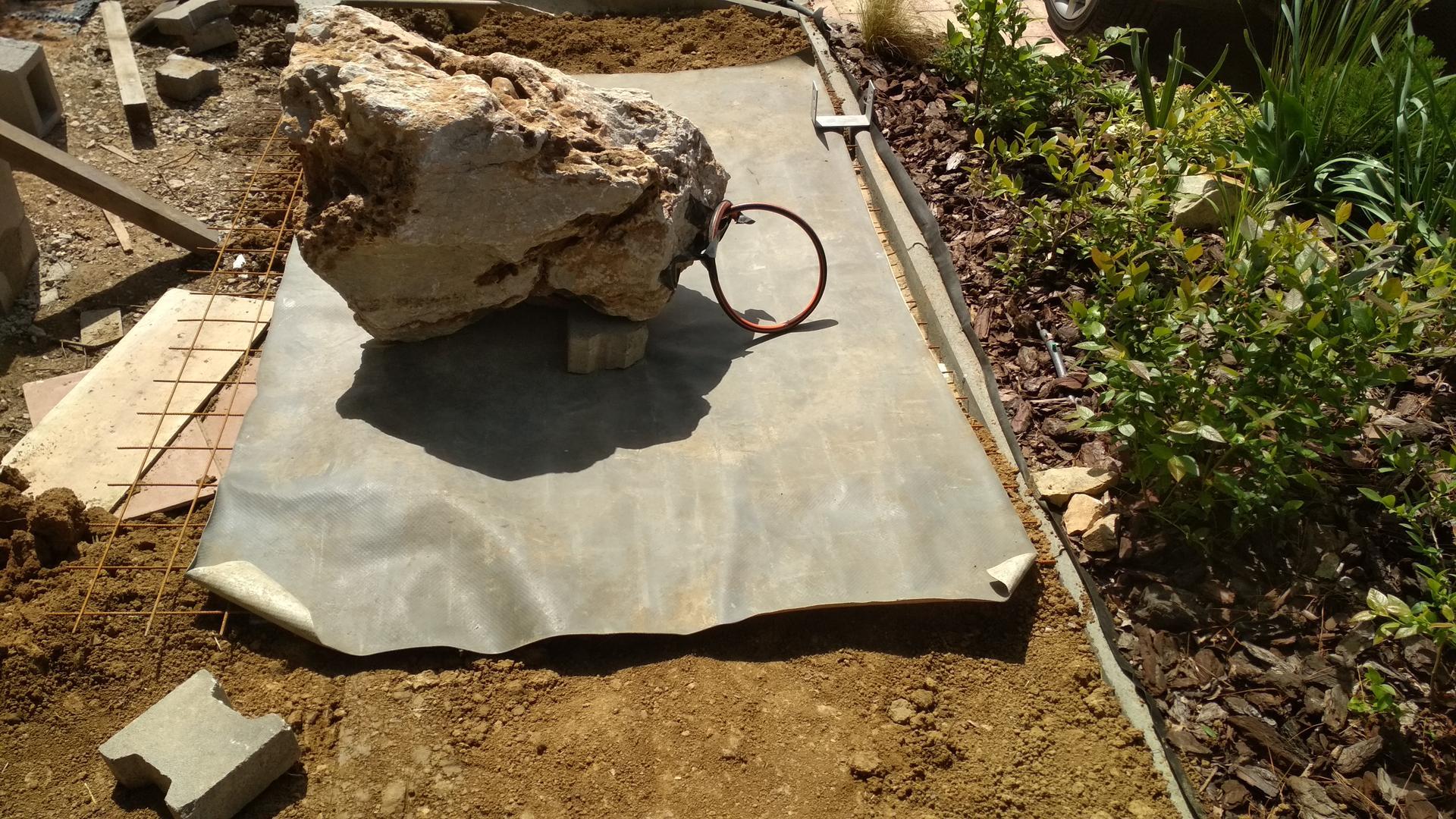 Vodný prvok v záhrade - Obrázok č. 22