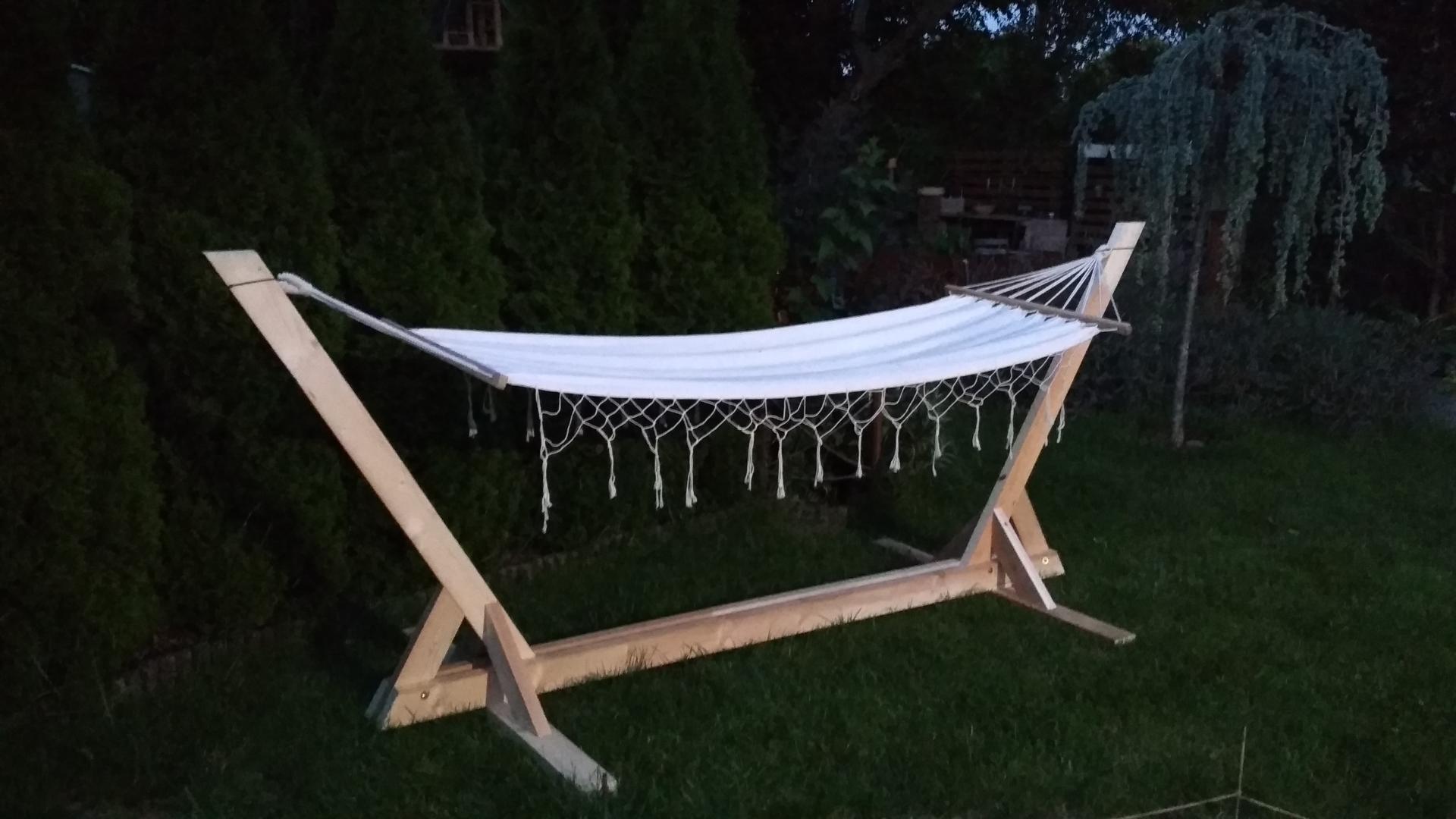 Drevený stojan na hojdaciu sieť... relax v záhrade - Obrázok č. 5