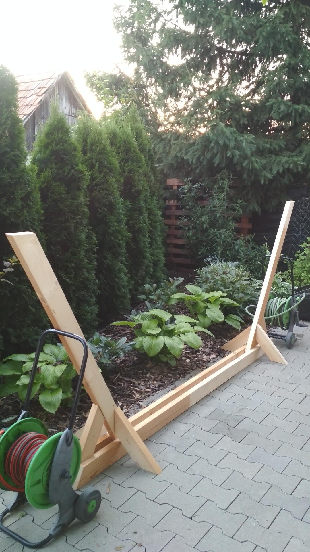 Drevený stojan na hojdaciu sieť... relax v záhrade - Obrázok č. 13