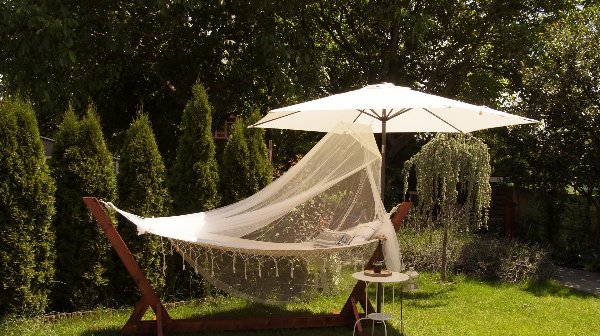 Drevený stojan na hojdaciu sieť... relax v záhrade - Obrázok č. 23