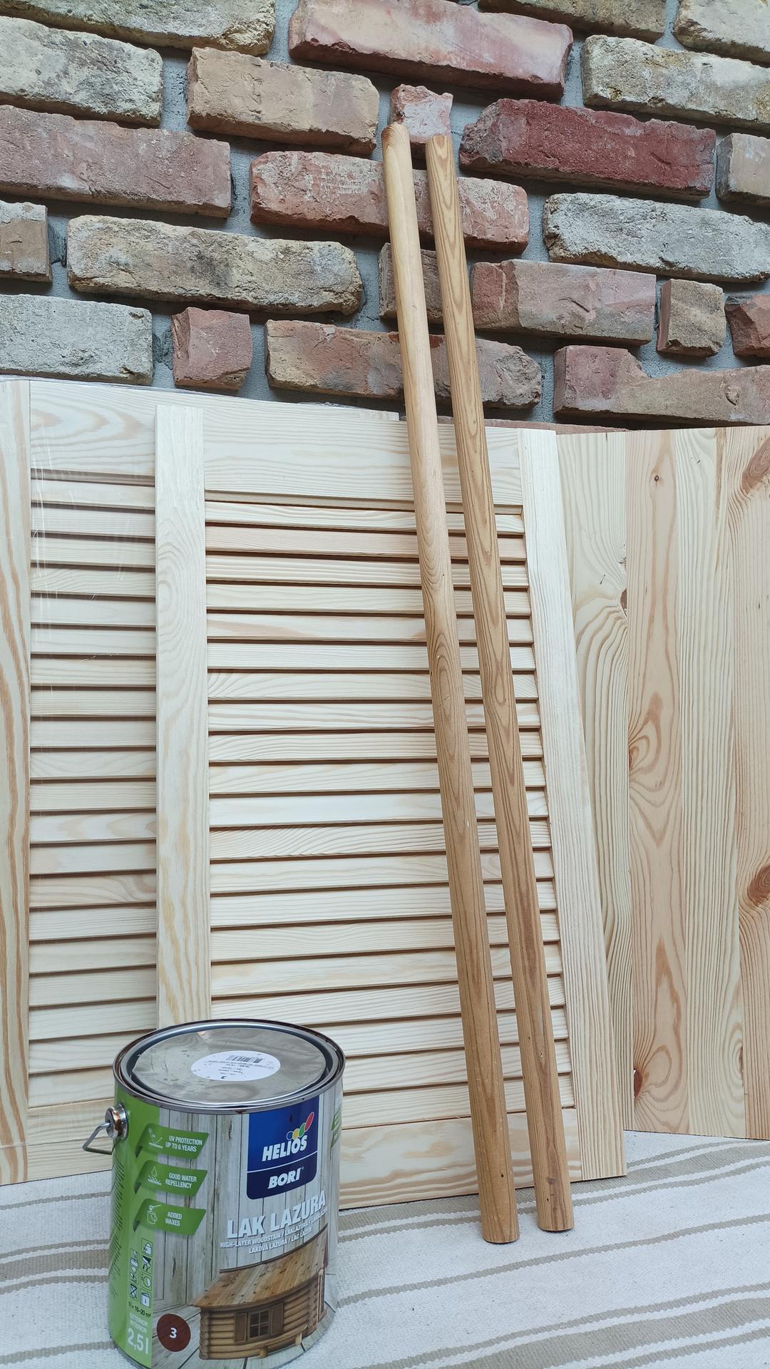 Polička vo vidieckom štýle na našu terasu - ako prvý krok je impregnácia všetkého nového dreva