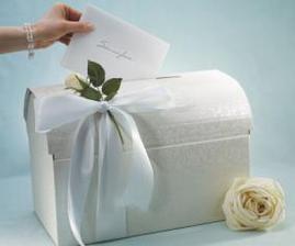 """truhlička na svadobné """"poklady"""" :o)"""