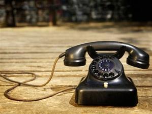staručký telefón :o)