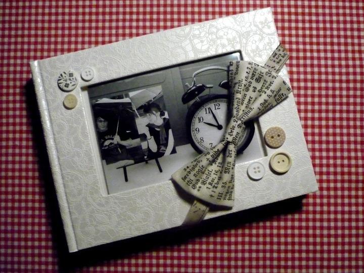 Všetko handmade :o) - náš svadobný fotoalbum a handmade motýlik na fotenie od katikaaa :o)