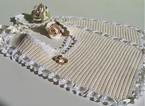 Všetko handmade :o) - naše podbradníčky! :o)