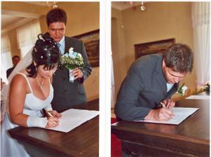 podpisy (muj spis do erotickeho alba, to pani fotografka nejak nedomyslela:-(