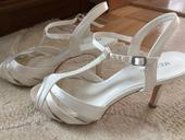 Svadobné topánky zn. Menbur, 39