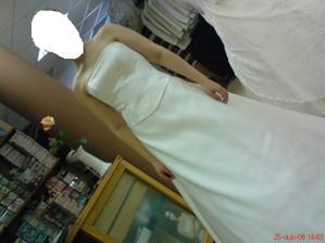 šaty před úpravou