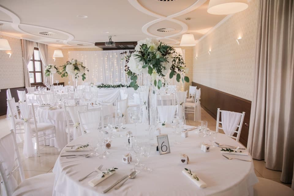 Svadobna vyzdoba 15.6.2019 Restauracia Macho - Obrázok č. 3