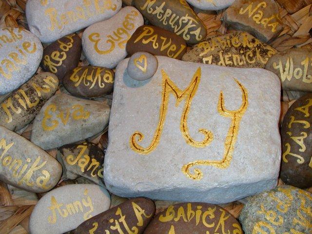 Šaru a Zdeny - To jsou naše kamínkové...