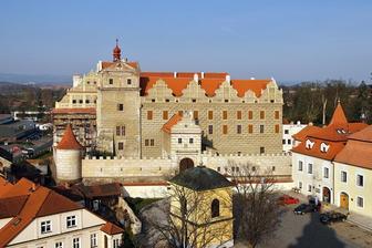 A tady se vezmeme:o) zámek Horšovský Týn