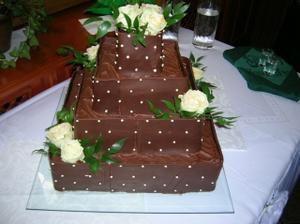 Náš výborný svatební dort s belgickou čokoládou o:)