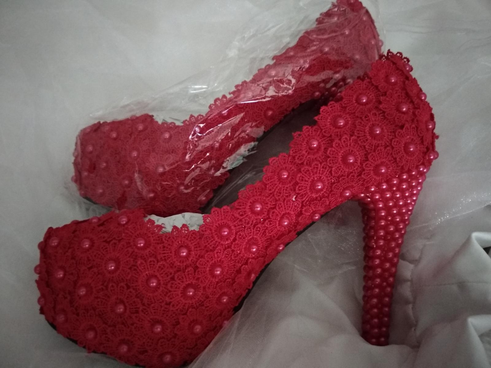 sexy červené  - Obrázok č. 1