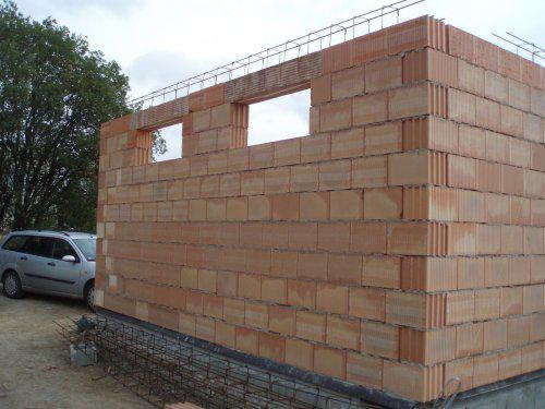 Tak stavíme!!! - okýnka do garáže a ježci na věnec 3.10.08