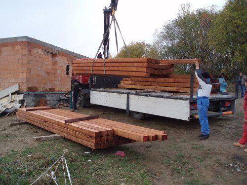 Tak stavíme II - Skládání krovu