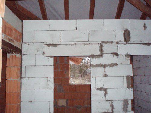 Tak stavíme II - Příčky - vchod do koupelna a vpravo na wc