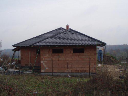 Tak stavíme II - Pohled od garáže