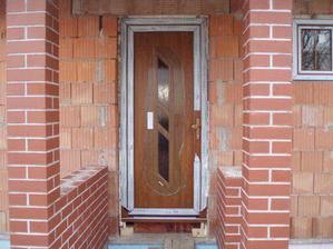 Vchodové dveře - ty jediné jsou oboustranný dekor zl. dub