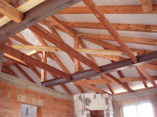 Tak stavíme II - Už jsme navařili trámy na chycení stropního sádrokartonu