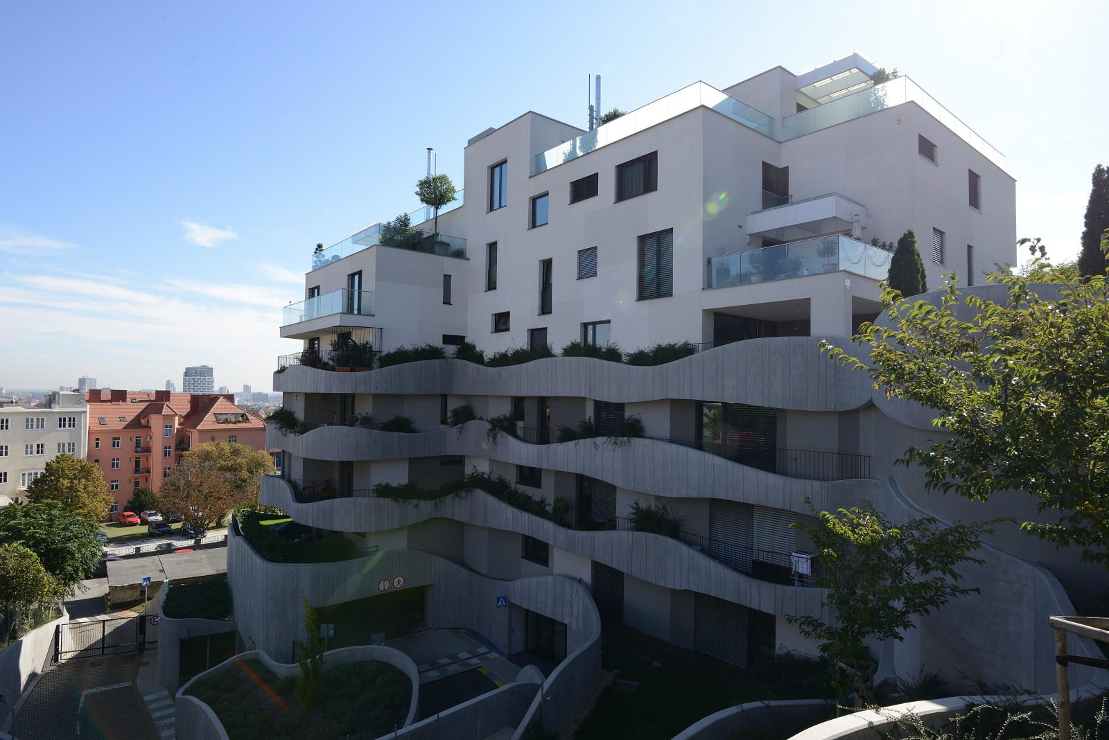 Rezidencia Sokolská so žalúziami K-system - Exteriérové žalúzie K-system Bratislava - Rezidencia Sokolská