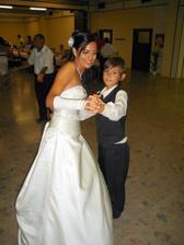 tanec zo synom