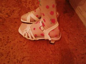 Luckine sandalky