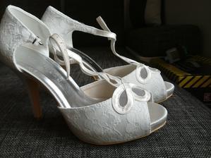 boty z Ali