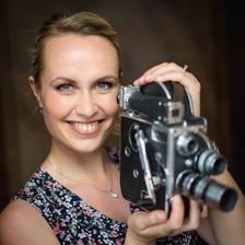 domluvena úžasná kameramanka A. Homolková