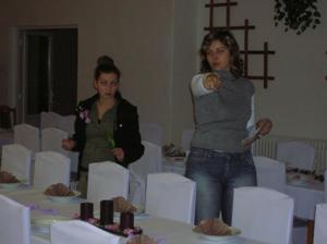 sestra a švagrinka v akcii