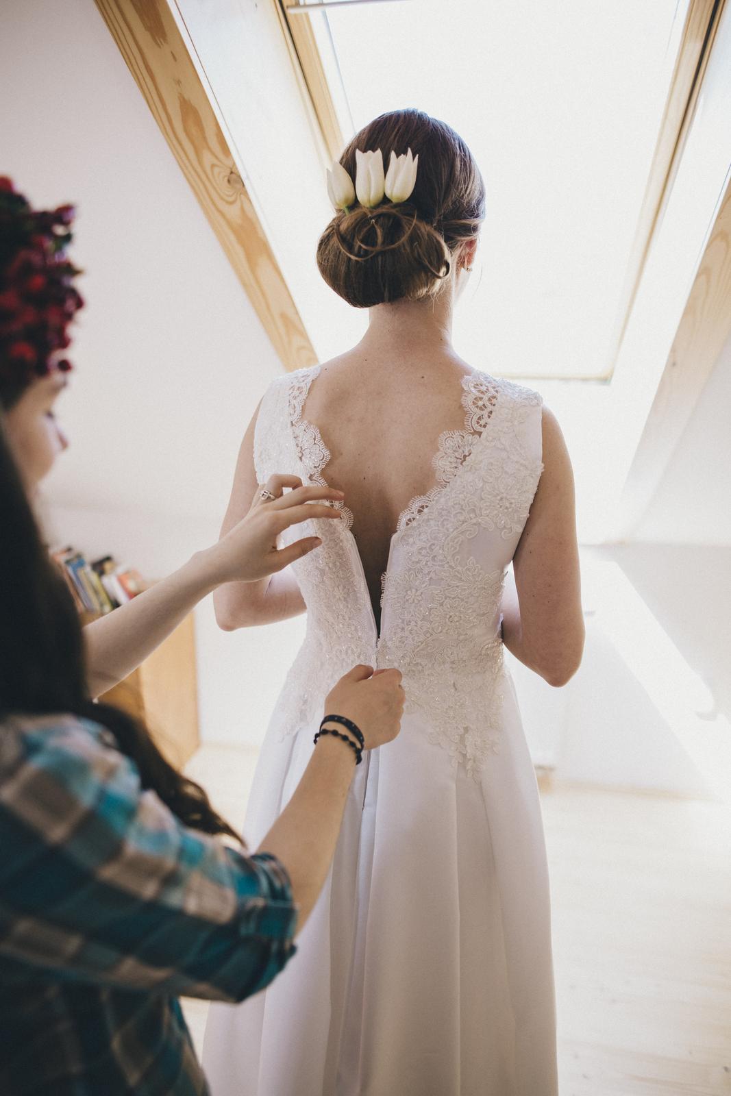 Svadobné šaty s čipkou 36/38 - Obrázok č. 3