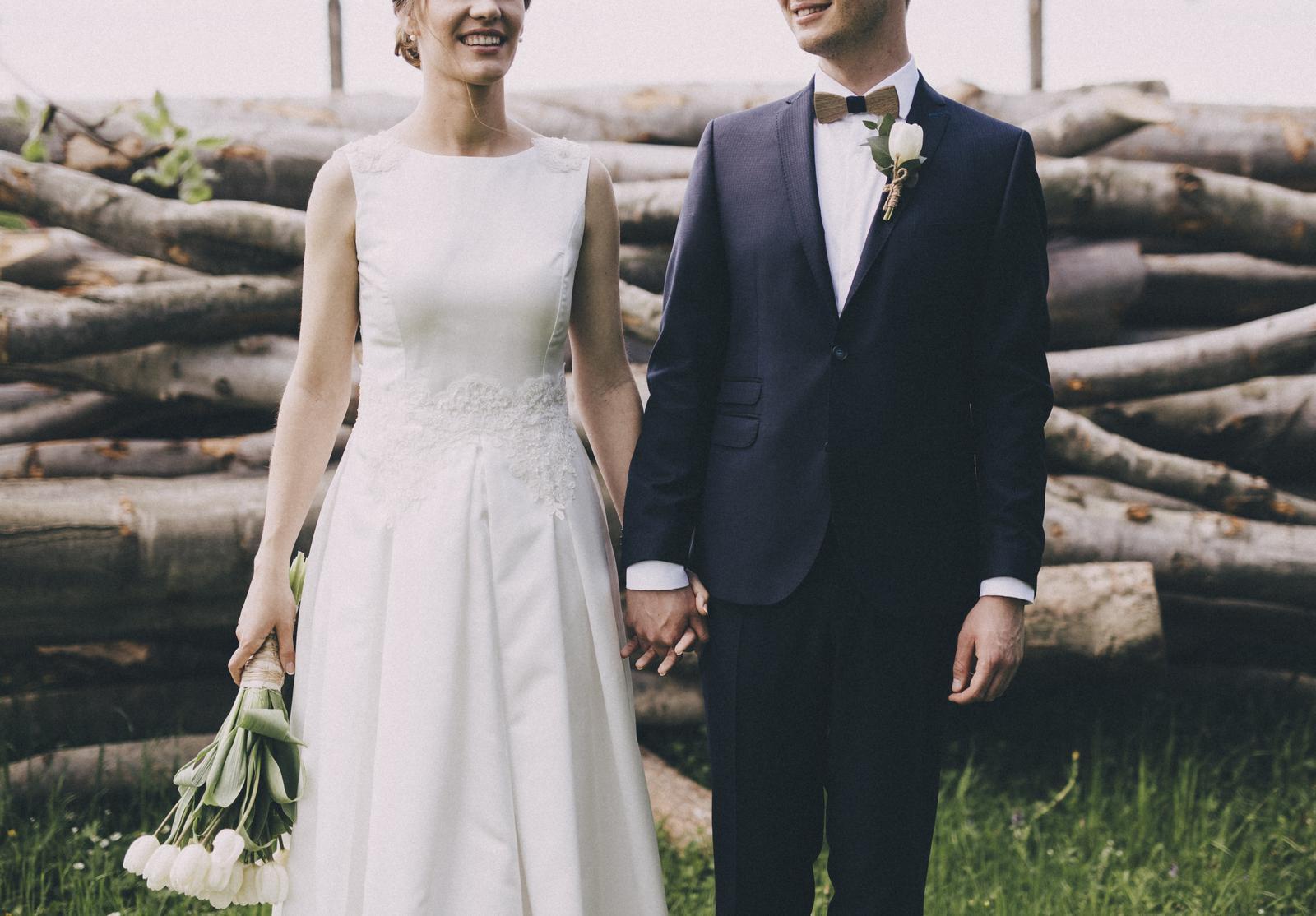 Svadobné šaty s čipkou 36/38 - Obrázok č. 1