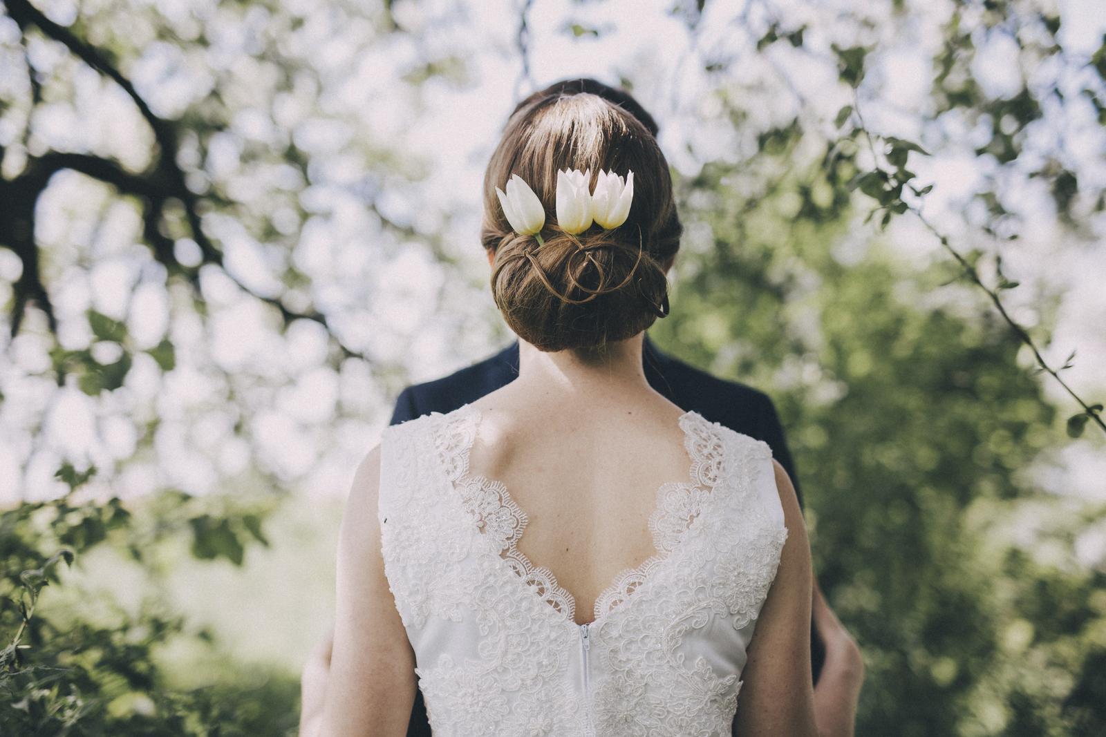 Svadobné šaty s čipkou 36/38 - Obrázok č. 2