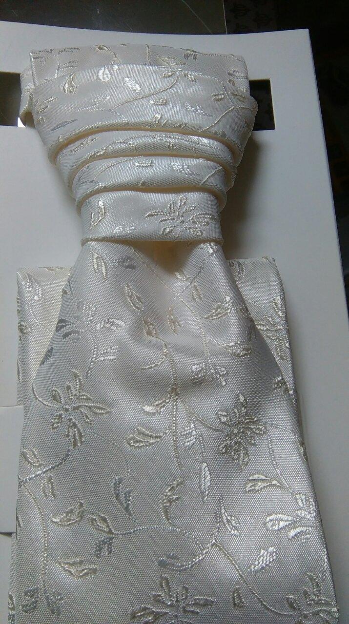 Svadobná kravata s vreckovkou - Obrázok č. 1