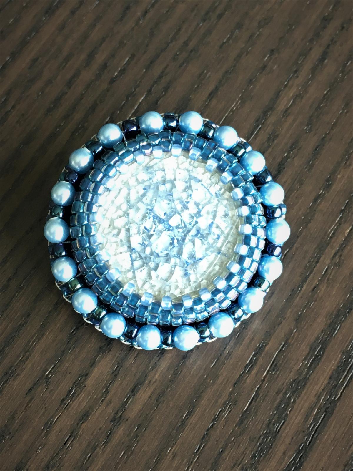 Brošňa so Swarovski perlami - Obrázok č. 1