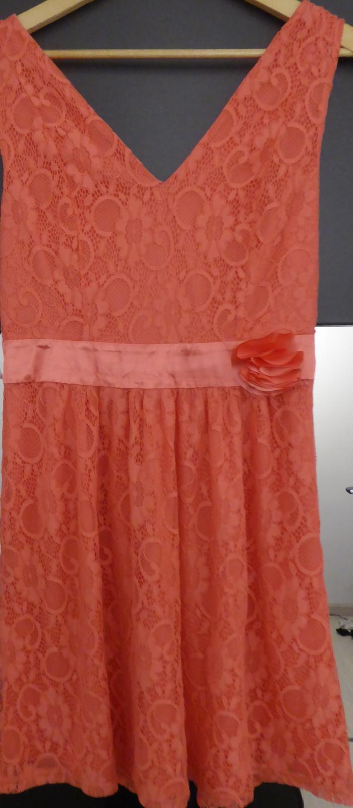 Krajkové šaty - Obrázek č. 3
