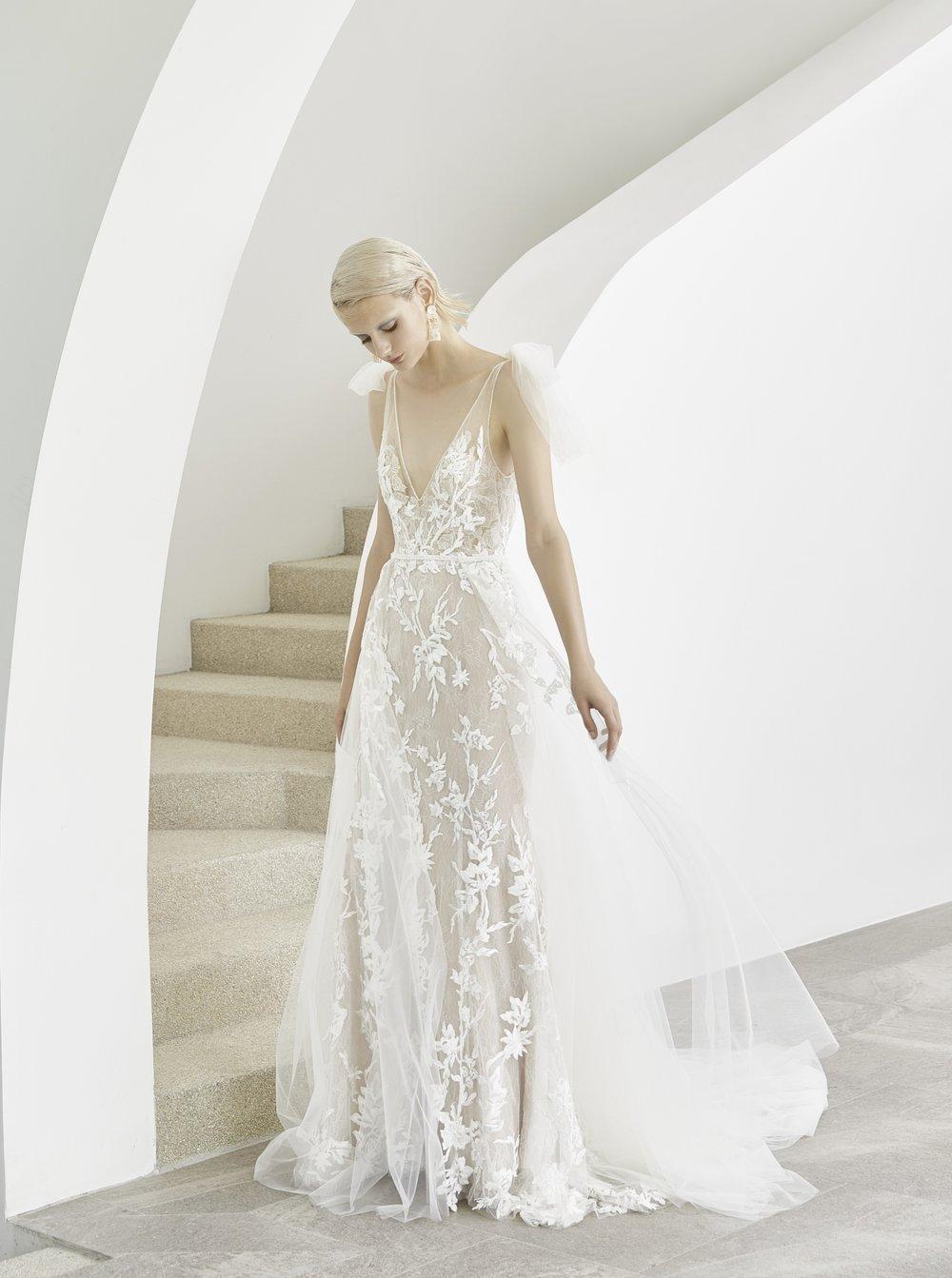 Ach tie šaty :) - Obrázek č. 28