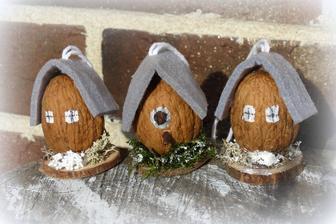 orieškové domčeky a vtáčia búdka odskúšaná :)