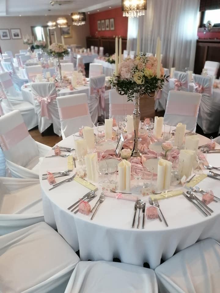 Jemná ružová svadba - Obrázok č. 1