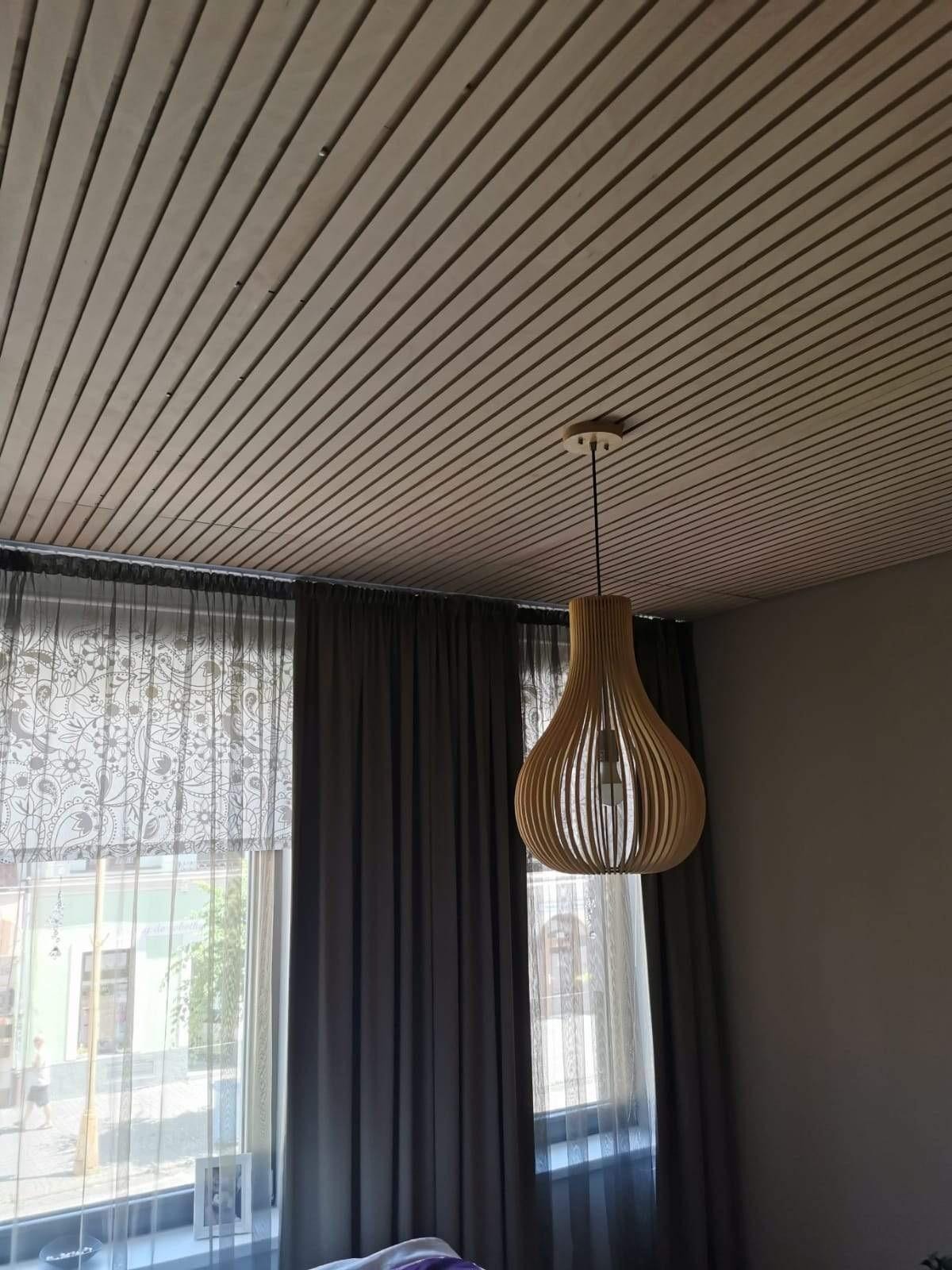 Lamelový panel na stenu/strop - strop, prevedenie natur lamelový panel