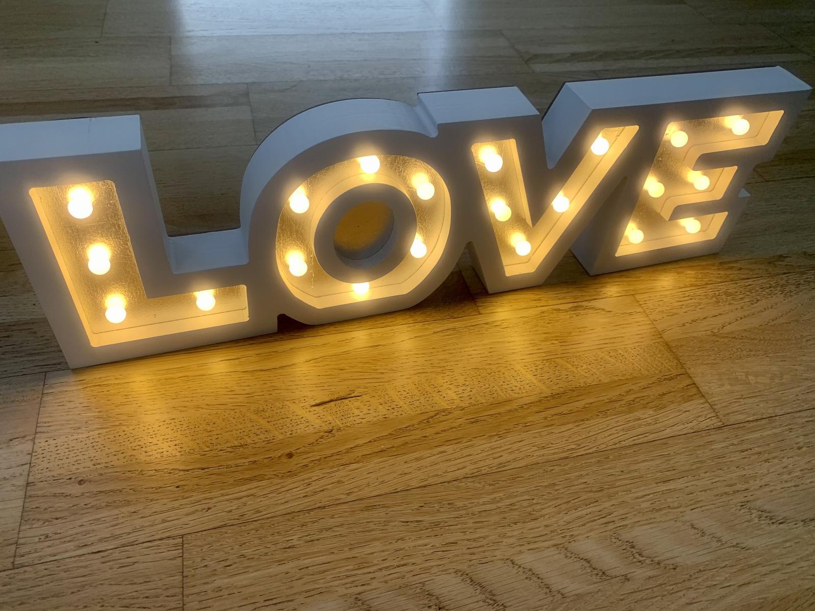 LOVE - prenajom - Obrázok č. 1