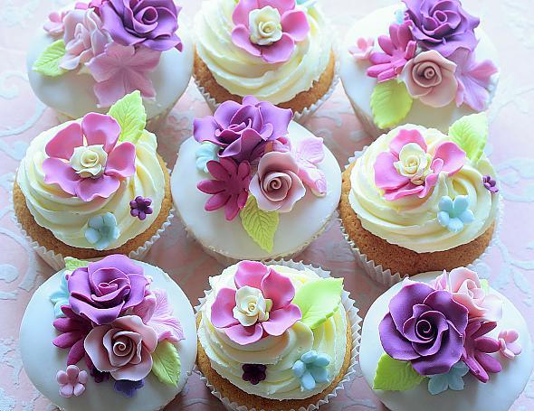 Svadobné cupcakes :) - Obrázok č. 22