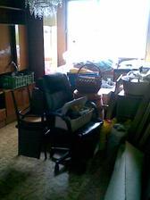 ďalšia izba s nábytkom