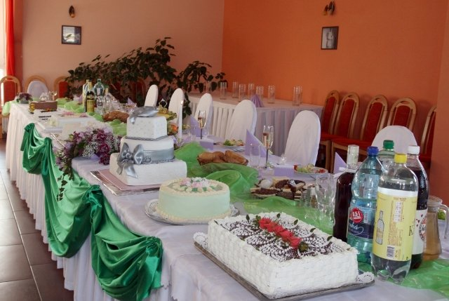 Mirka{{_AND_}}Matúš - hlavný stôl